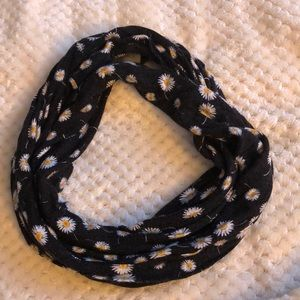 thin infinity scarf with daisy print